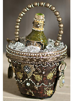Mary Frances is passionate about what she does and knows what her customer is looking for: unique, quality accessories that express their personality and individual style.  Enchanting Embellishments carries high-end accessories like Mary Frances Handbags, Jewelry by Liza Kim, Hats by award-winning Di-Anne Isbel, and many more.