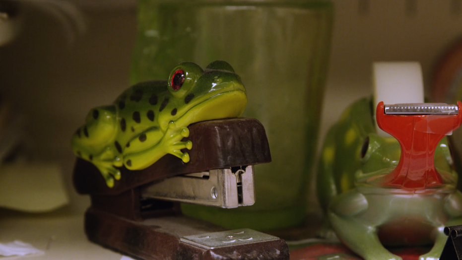 frog staplers.png
