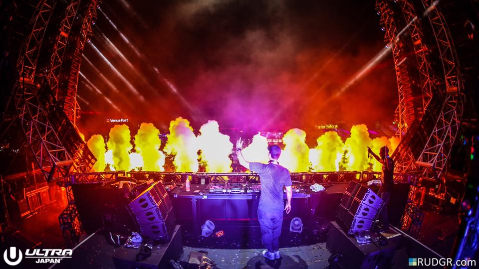 AfroJack at UMF Japan