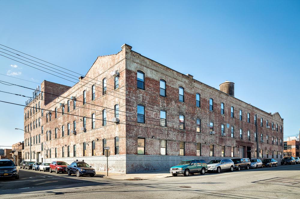 35-11 9th Street, LIC, NY 11106