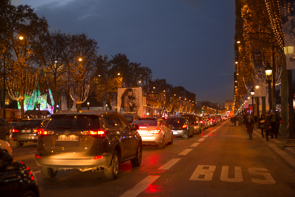 Avenue des Champs-Élysées-1.jpg