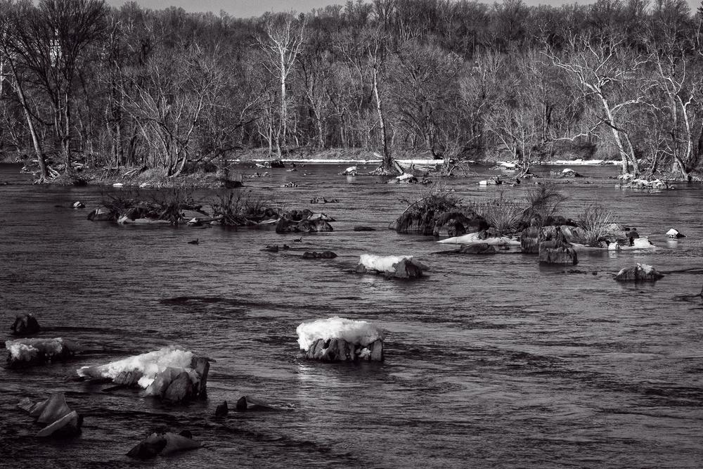 Potomac River in B&W