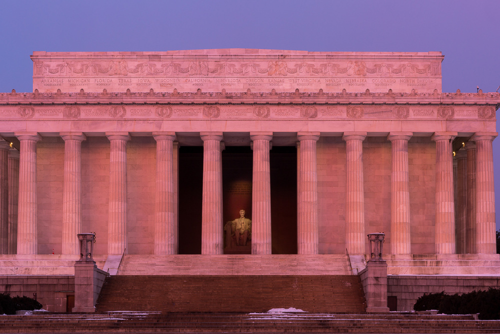 A rare moment when no one is at the Lincoln Memorial.