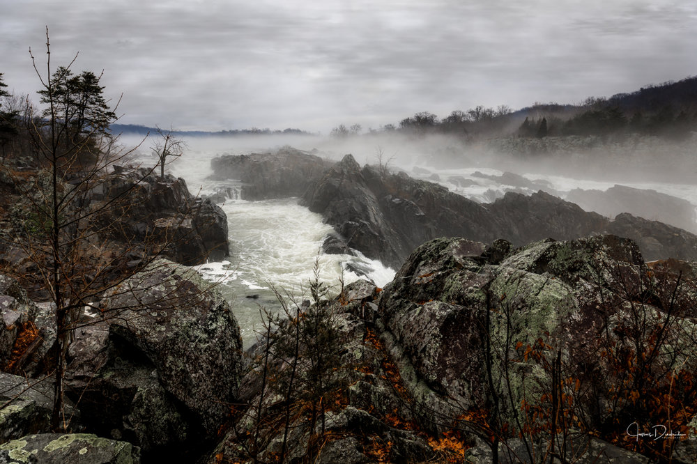 A rainy day Sunday at Great Falls