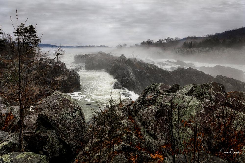 A rainy day Sunday at Great Falls