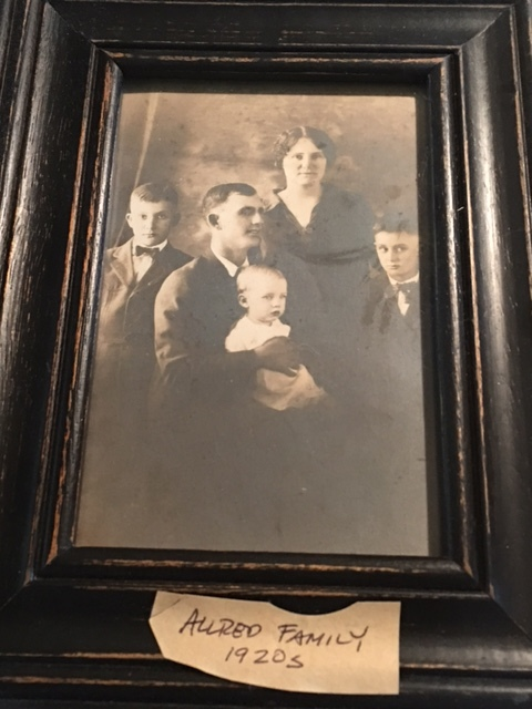 Allred Family: John Columbus, Effie May, with sons (left to right) Cecil, Donald (my grandfather), and Reedy.
