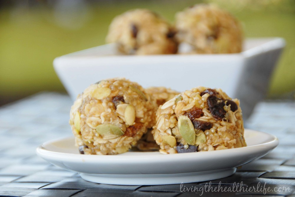Quinoa no bake trail mix balls