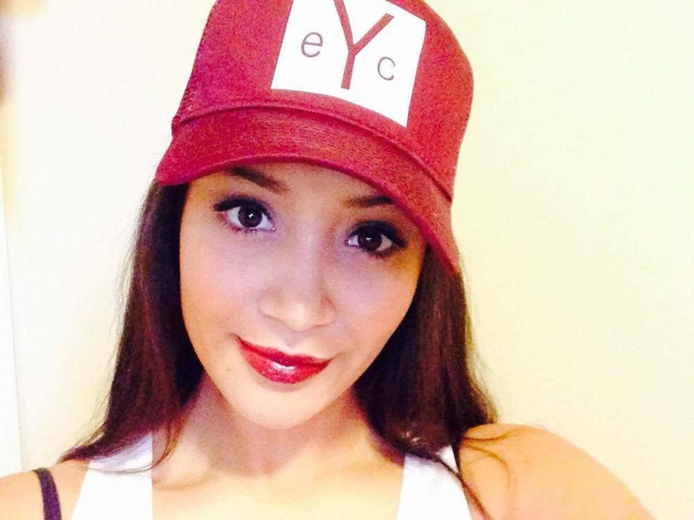 yvetter logo hat.JPG