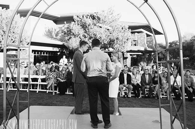 artistic las vegas wedding photographer