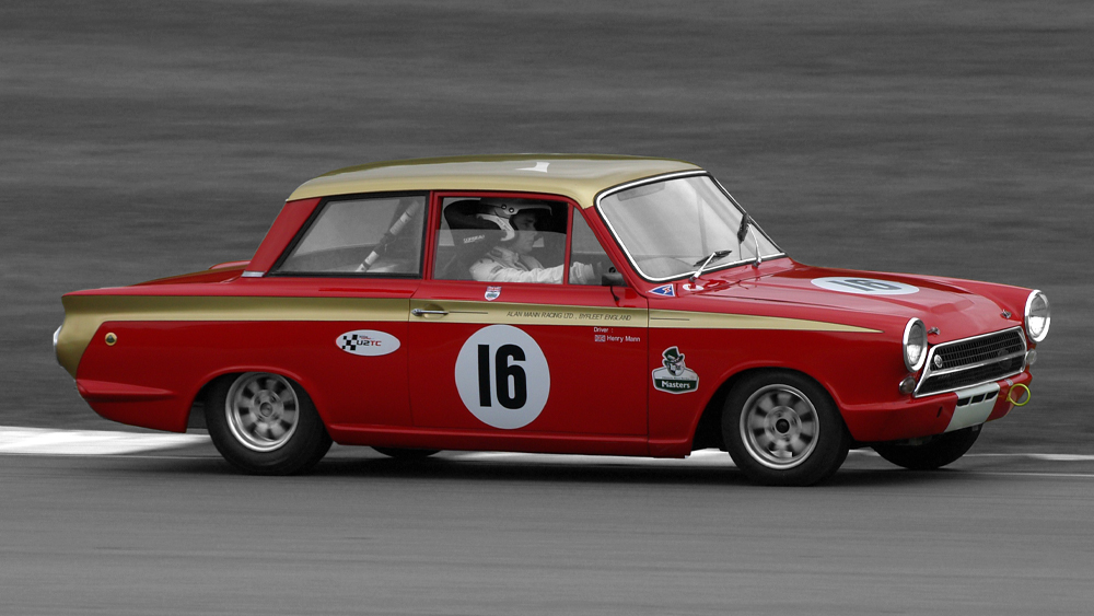 FORD LOTUS CORTINA 1964-1968 FIND OUT MORE >