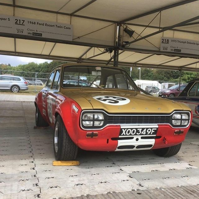 All set up ready for the FoS tomorrow... night night! #goodwoodfos #goodwood #carsofinstagram #classiccars #alanmann #ford