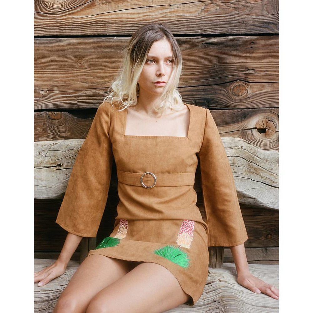 "@louisenouvellon in our ""Yucca"" mini dress 📸@shevakafai   www.desertsunbrand.com"