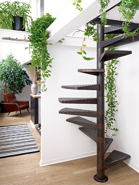 No space is complete without plants (  image source  )