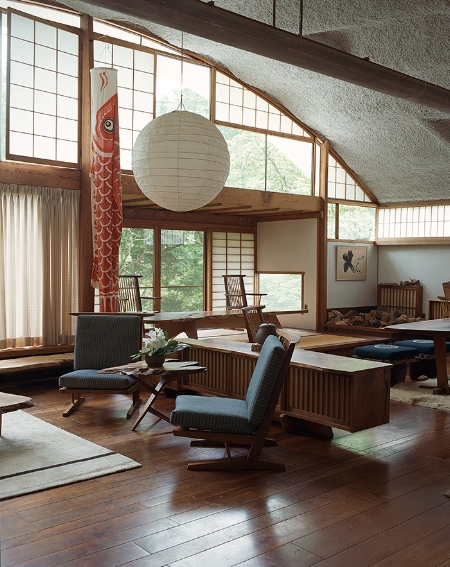 George Nakashima's Home in New Hope (   source   )