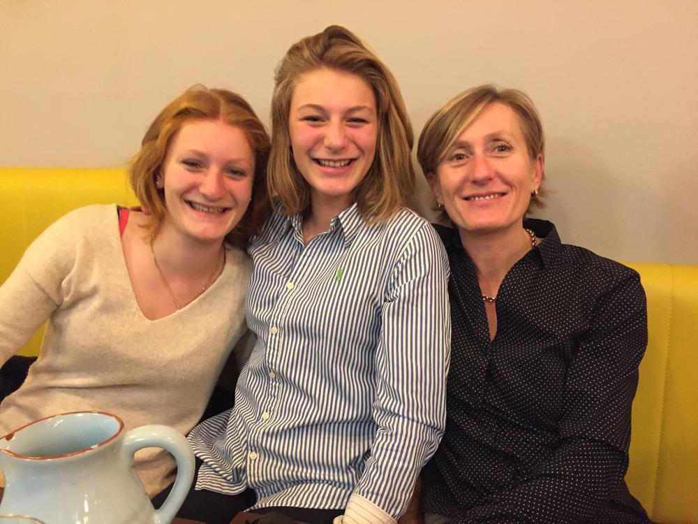 Constance, Clara et Mariel Huber - Thiébault's a lucky man!
