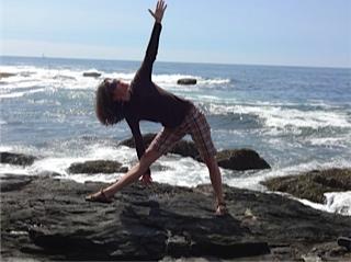 janet ag_yoga pose.jpeg