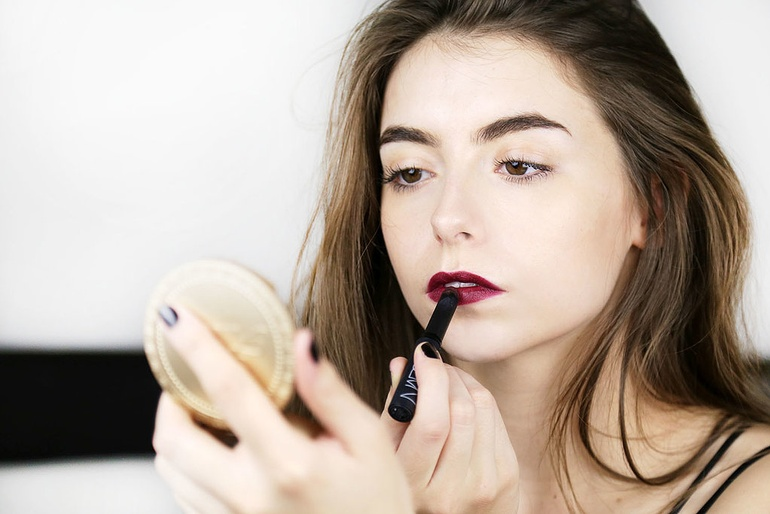 The Perfect Autumn Winter Lipstick