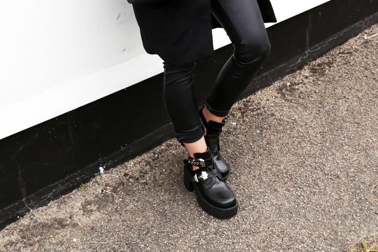 Balenciaga replica boots