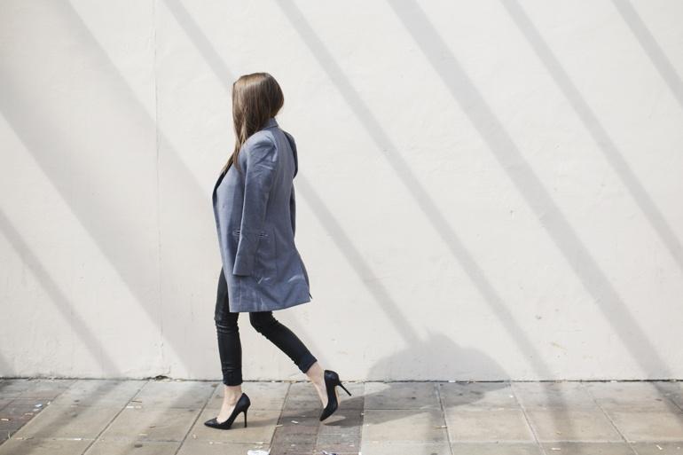 How to dress Parisian