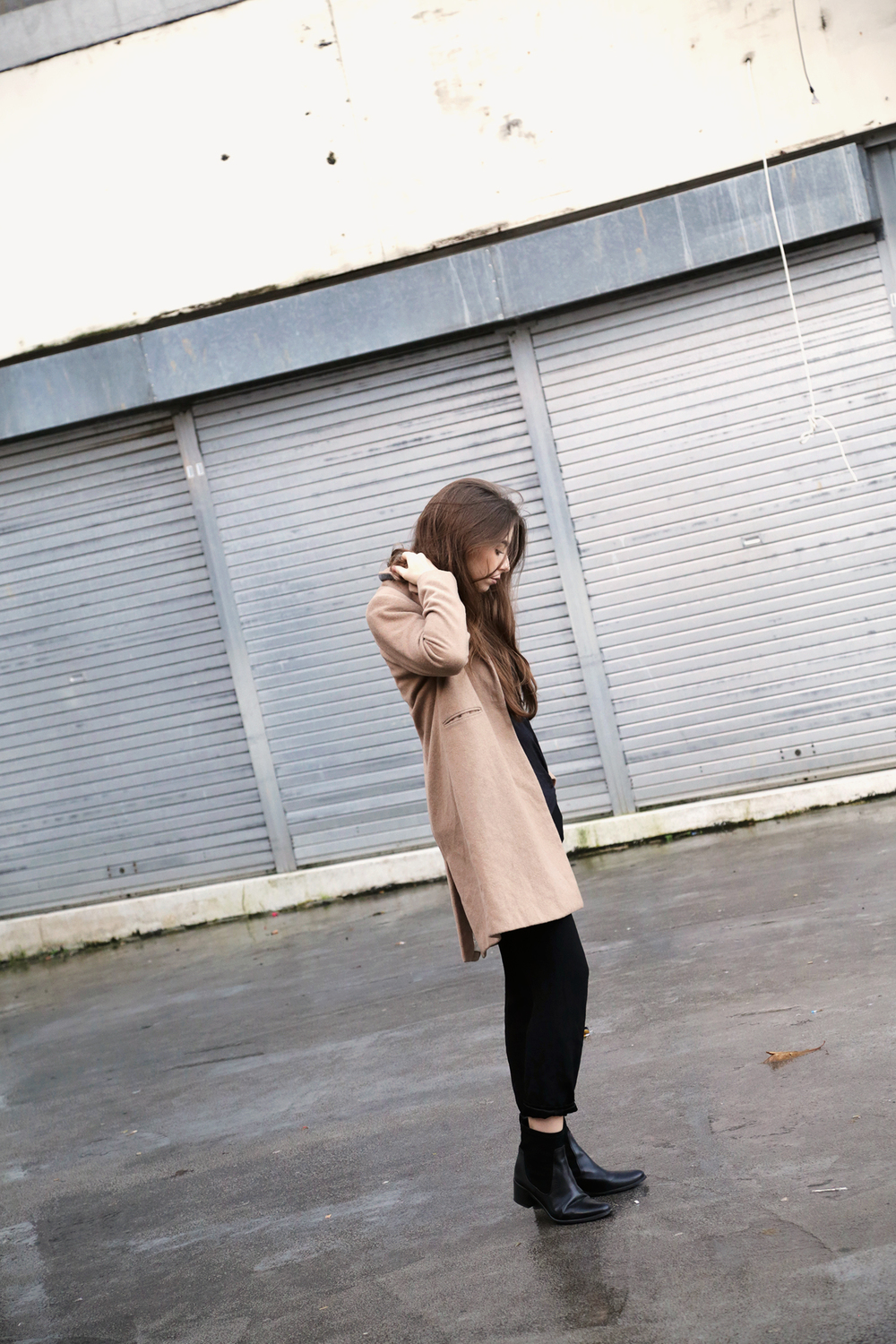 Cocochic Outfit Camel Coat Style Black Boots