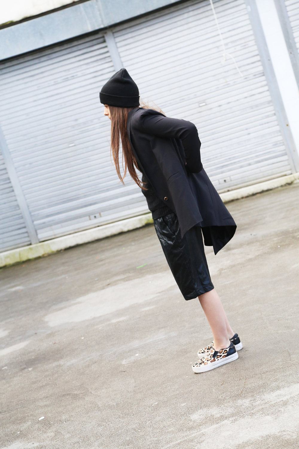 Fashion Blogger All Black Everything Outfit