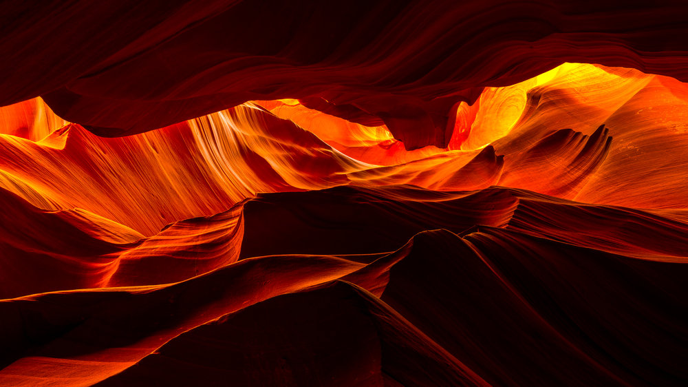 Sandstone waves in Upper Antelope Canyon. Page, Arizona