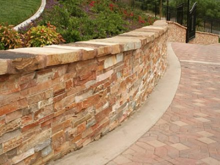 MG Desert Haze Veneer Panels - San Rafael Landscape Designer