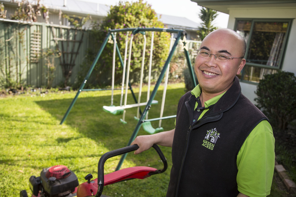 Zhichao Wang, Green Acres home cleaning franchise owner