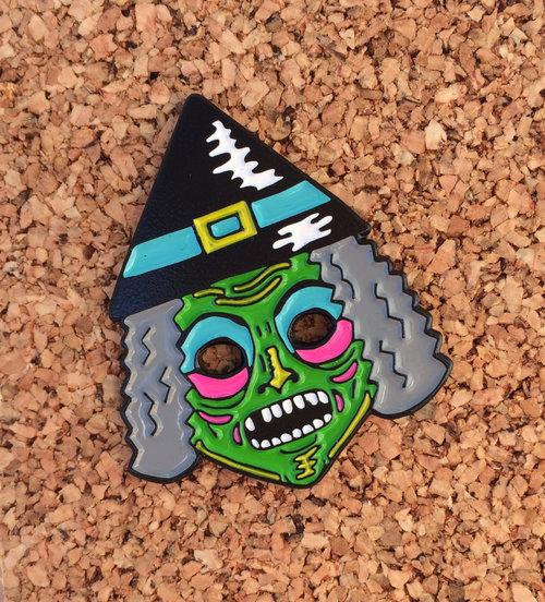 Neon Witch Mask Vintage Hallowen Costume Enamel Pin