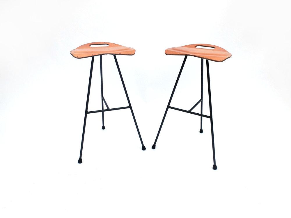 stools1.jpg