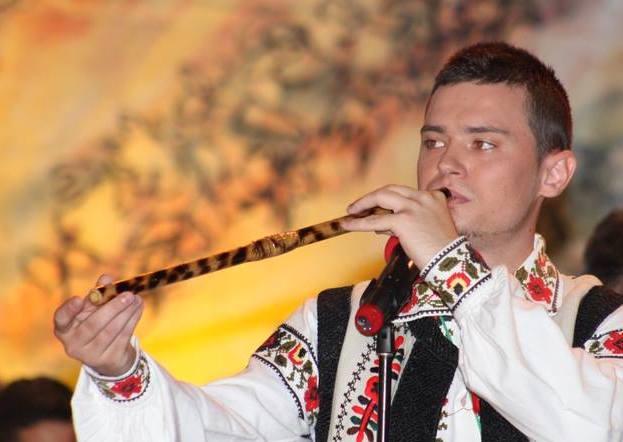 Strugurele de Aur folklore festival