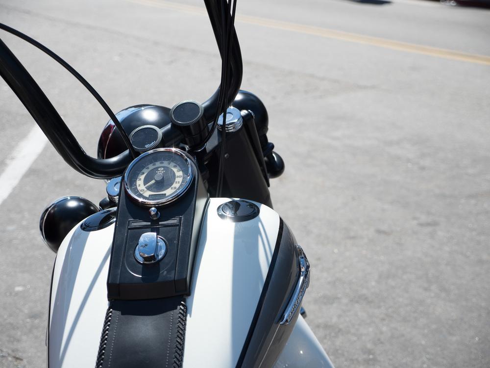 Harley.ISO 200, f/2.8, 1/2500th