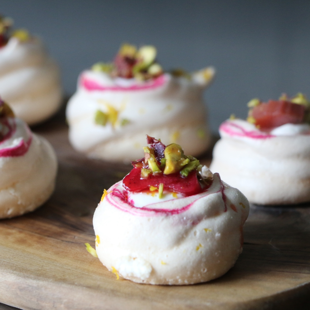 rhubarb and pistachio meringue 4.jpg