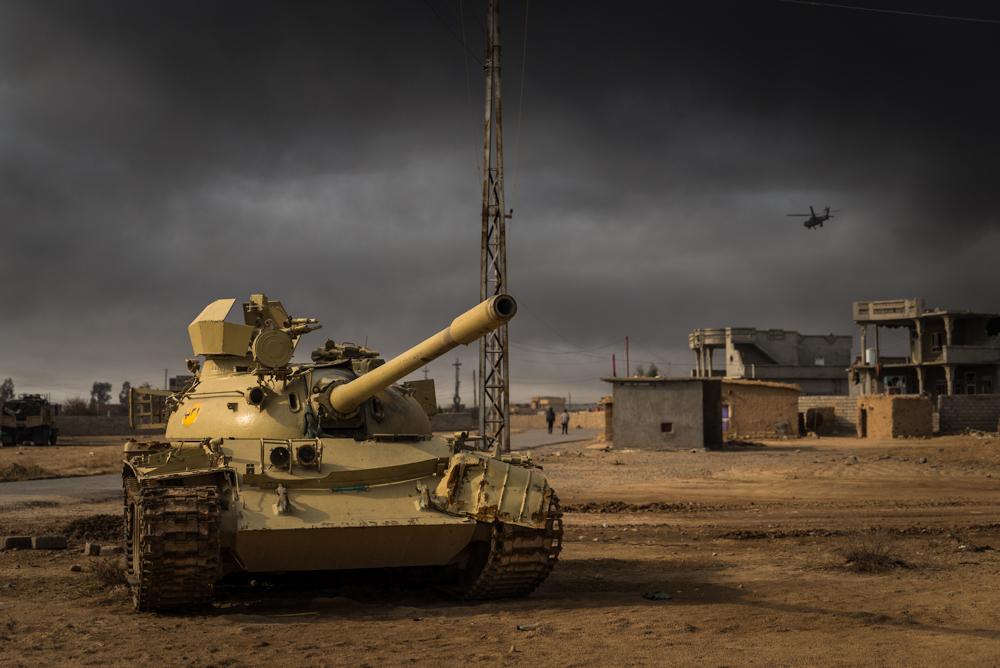 Army tank, Mosul, 2016.