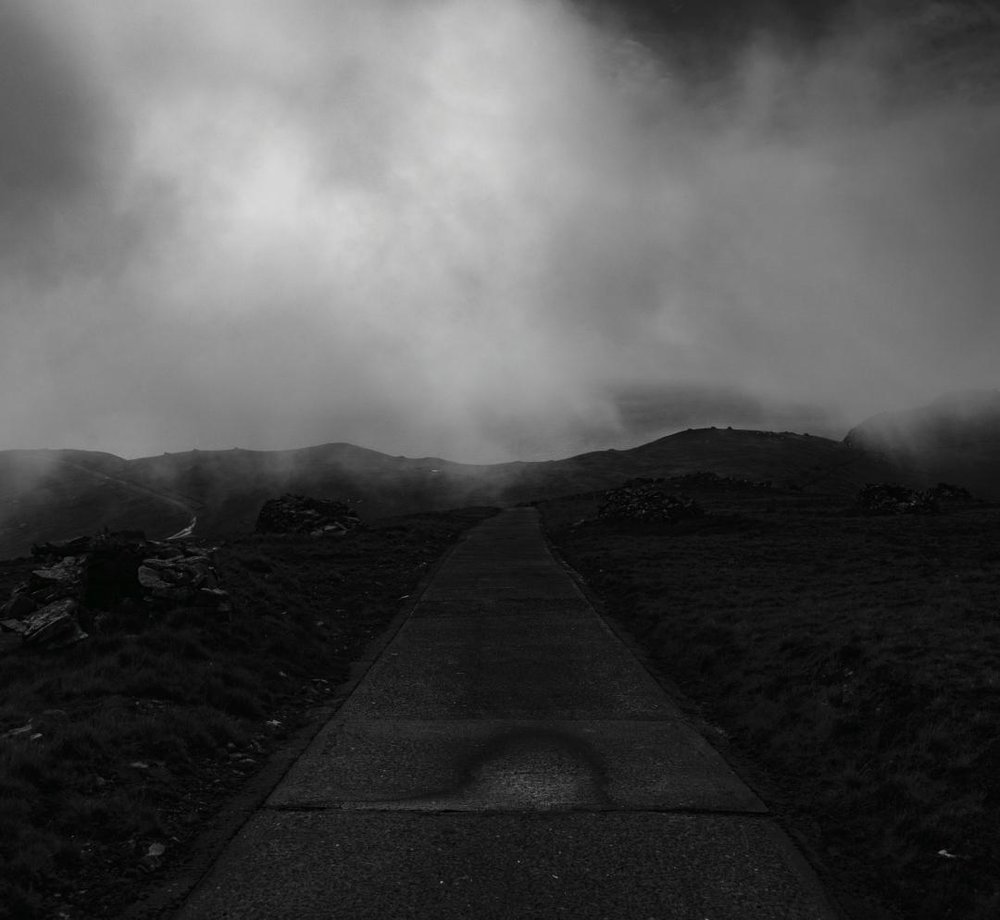 Copy of SK070 Mist on road to Mullach Mór, St. Kilda