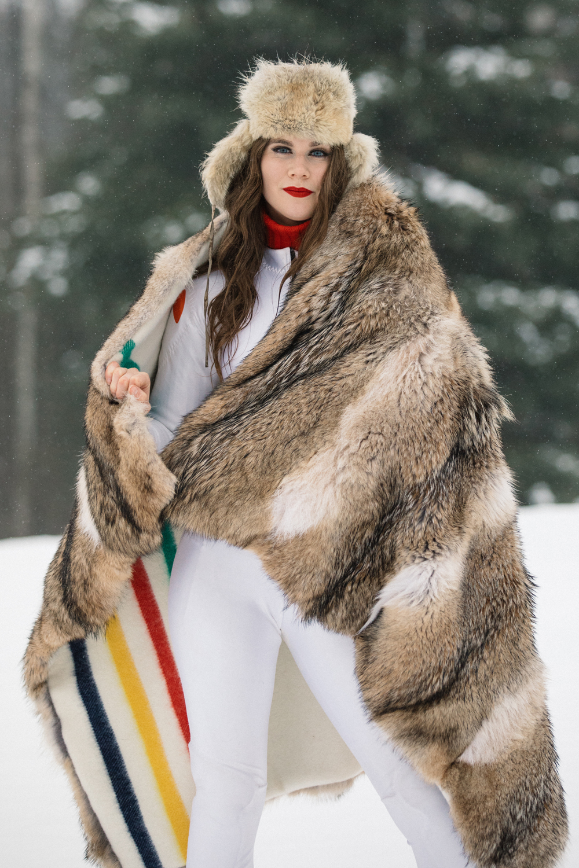 NicoleBreanne-CarolineFurs-HiRes-9135.jpg