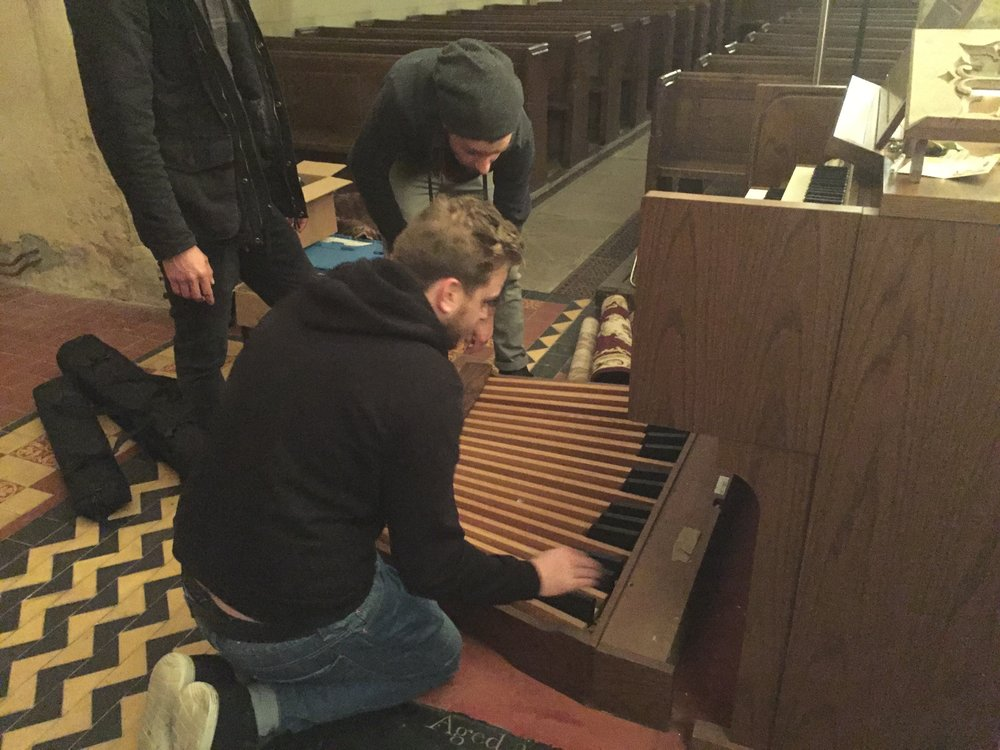 TRYING TO FIGURE OUT HOW TO MOVE THE ORGAN.