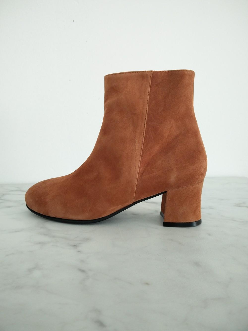 Kom innom og prøv sko til hele året og til alle anledninger fra Nordic Shoepoeple!