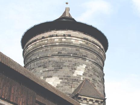 Antiga torre sentinela, localizada nas extremidades das muralhas.