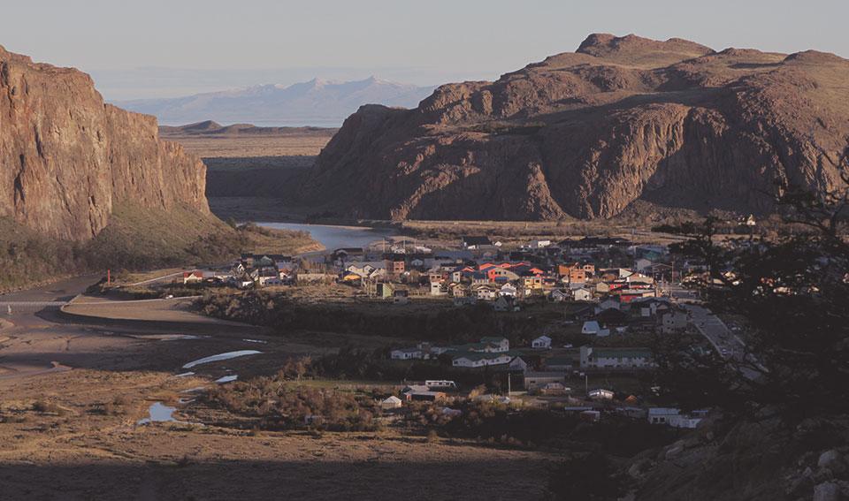 Mirante para a cidade de El Chaltén.