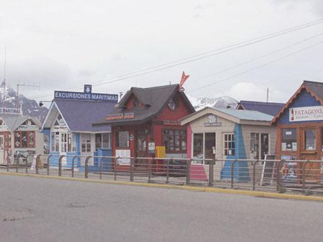 Agências de turismo no porto de Ushuaia.
