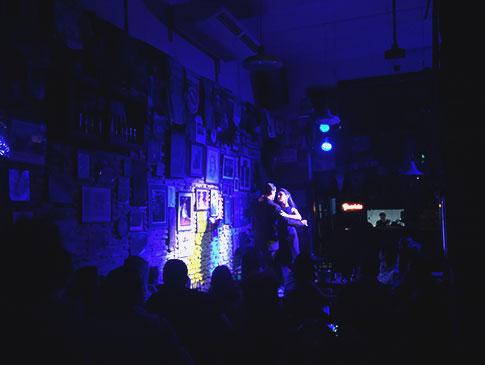 Espetáculo de tango no bar Fun Fun