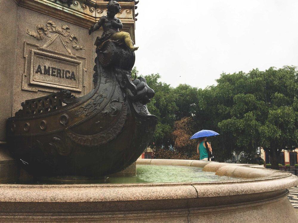 Detalhe do monumento de Abertura dos Portos do Amazonas.