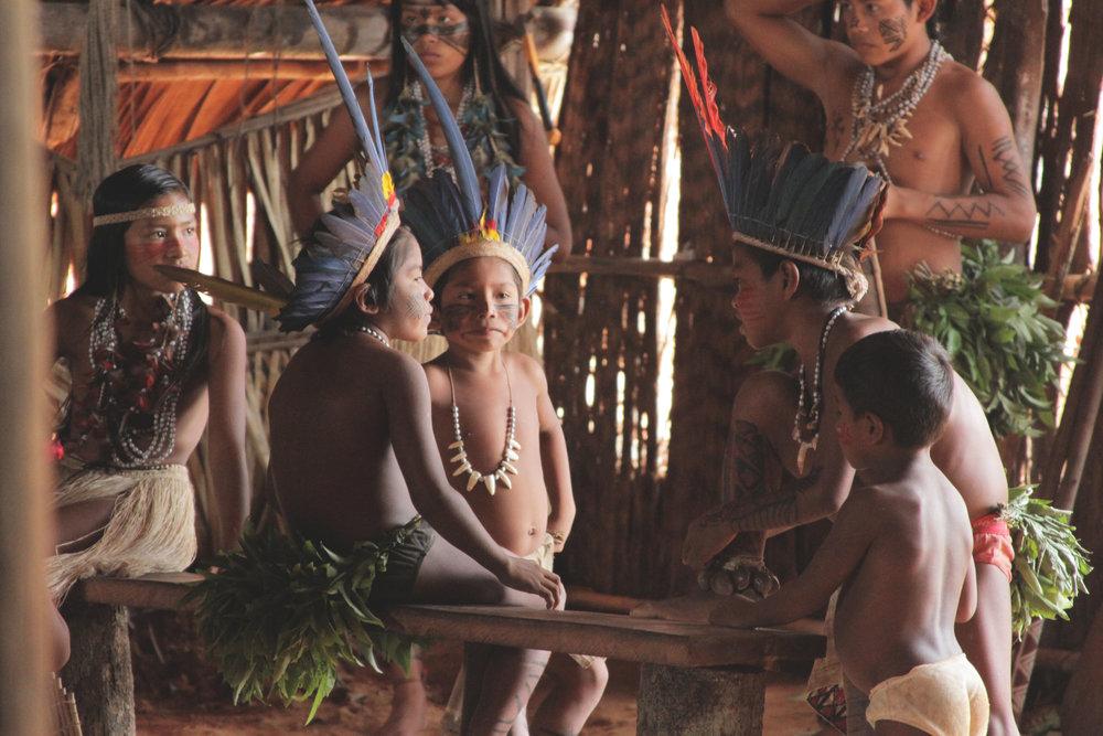 comunidade_indígena_crianças2.jpg