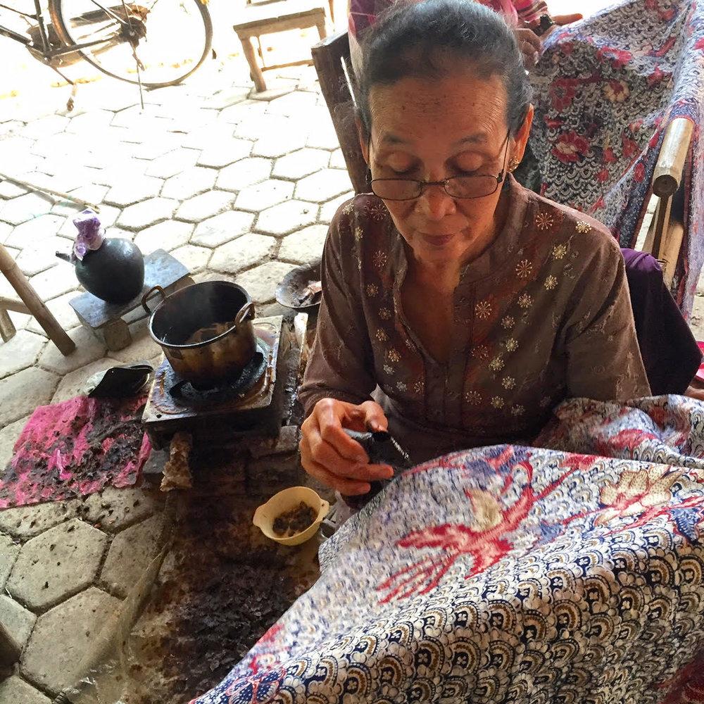 Batik makers from KUB Srikandi Jeruk making batik tulis