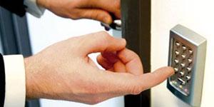 Safe DoorHandlesmall.jpg