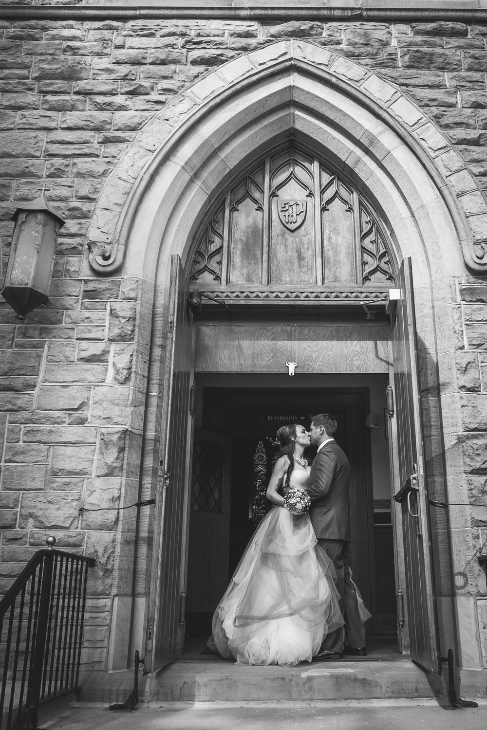 catholic-church-wedding-photograph-in-raleigh-nc