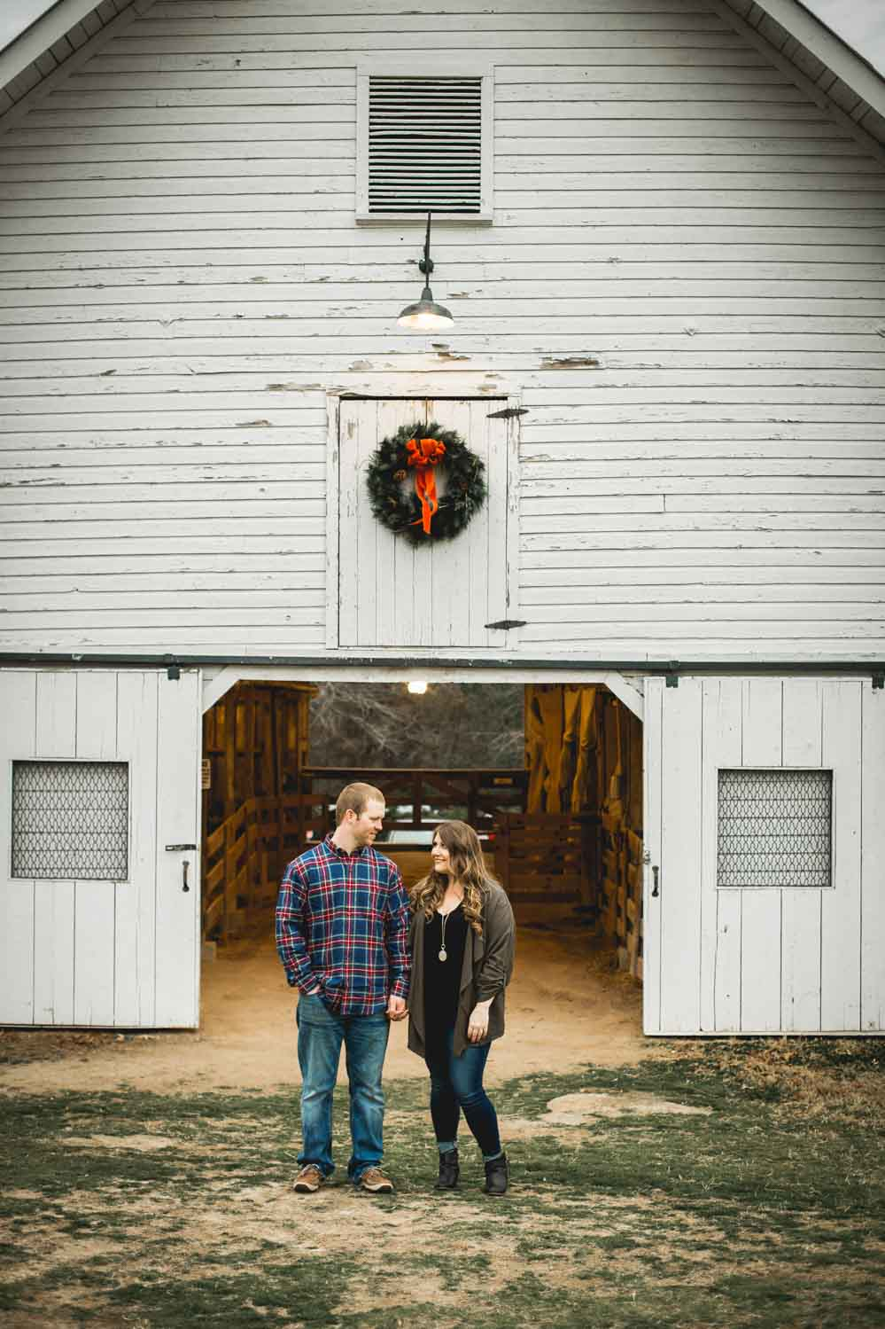 historic-oak-view-park-raleigh-engagement-photos