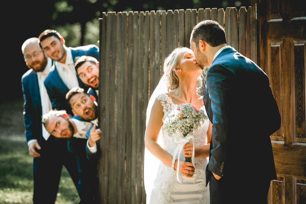 hilarious-wedding-photos-2017.jpg