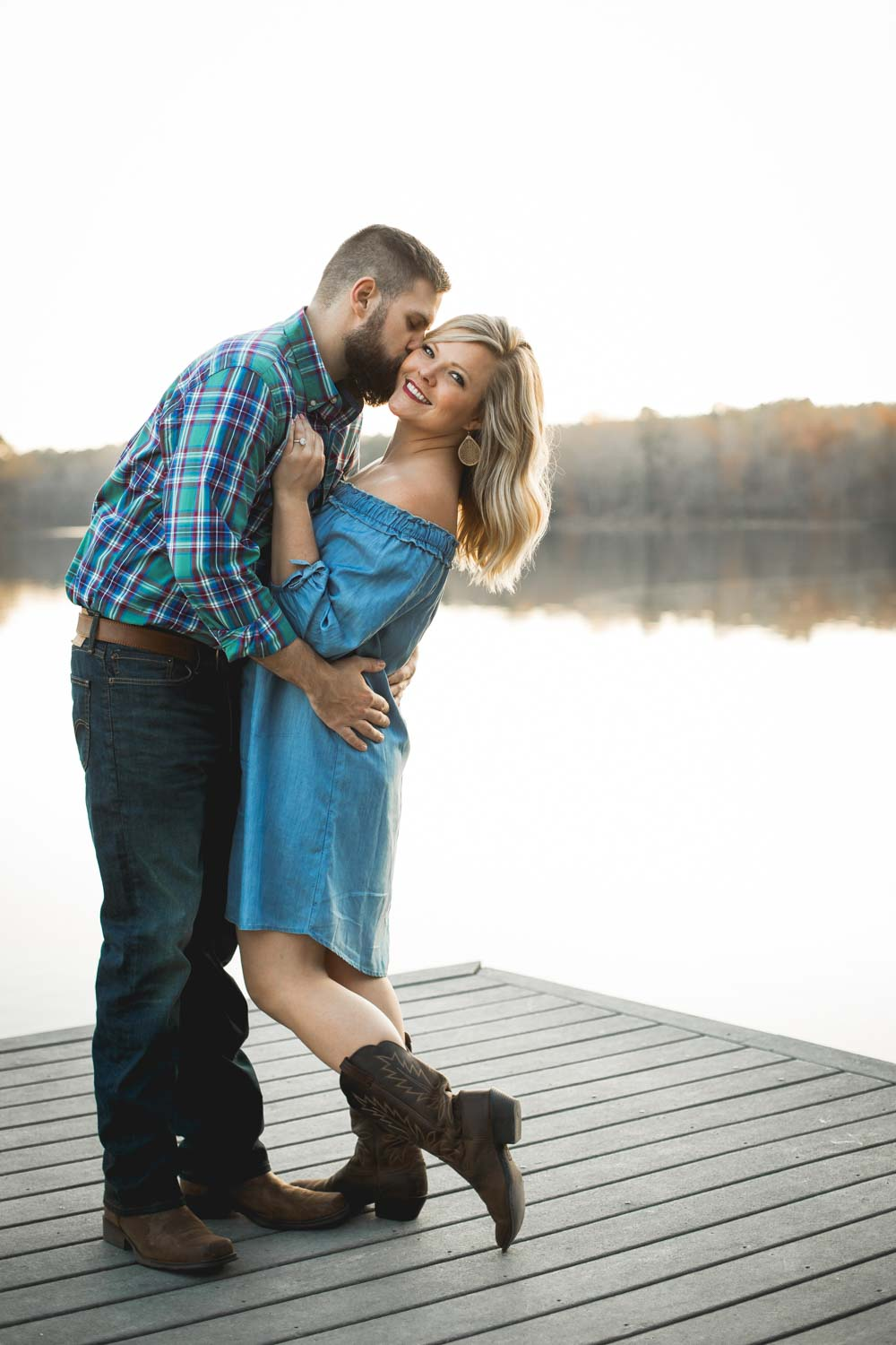 bass-lake-park-engagement-photos